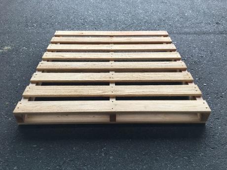 新品 木製パレット 1100×1100 A29