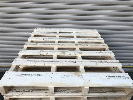 木製パレット  K11/19-4
